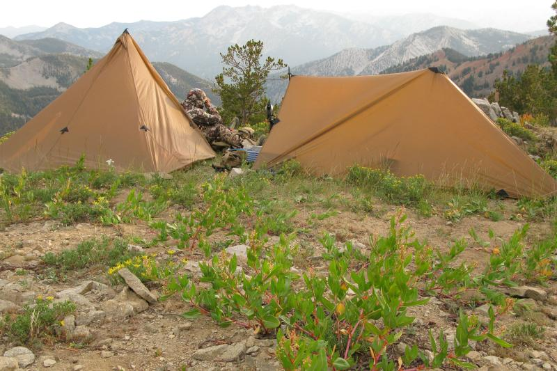 Seek outside lightweight hunting tent